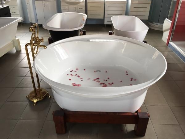 Tropicana 150x150 cm szabadon álló fürdőkád